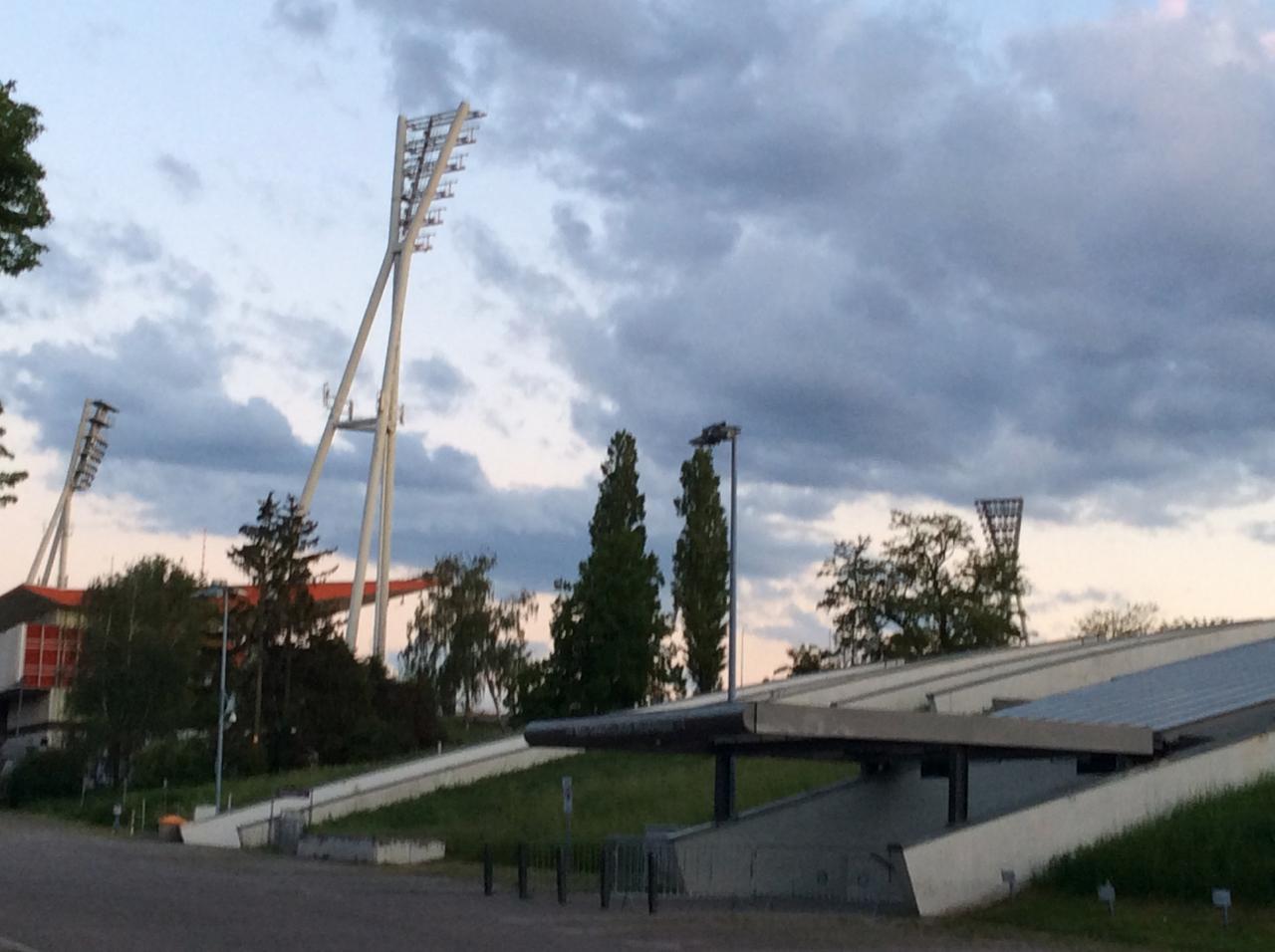 Umbau des Jahn-Sportparks, ein Olympisches Déjà-vu ?